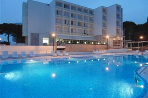 Hotel ADRIA *** s bazény
